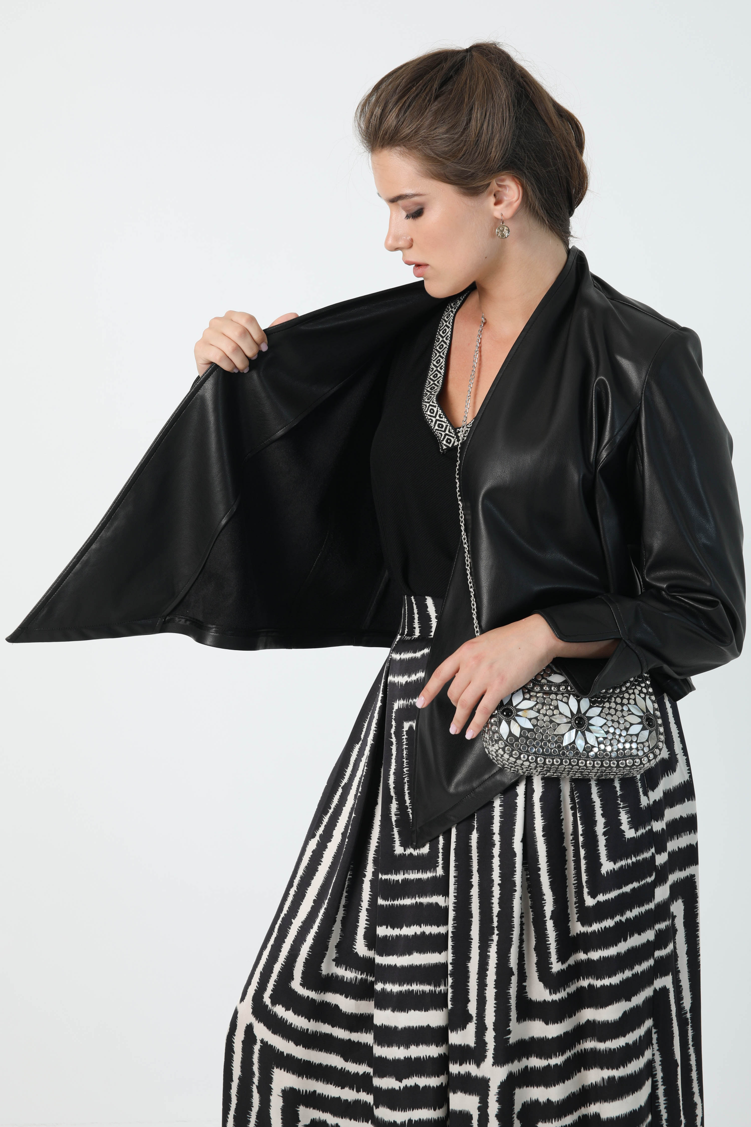 Short vegan leather jacket
