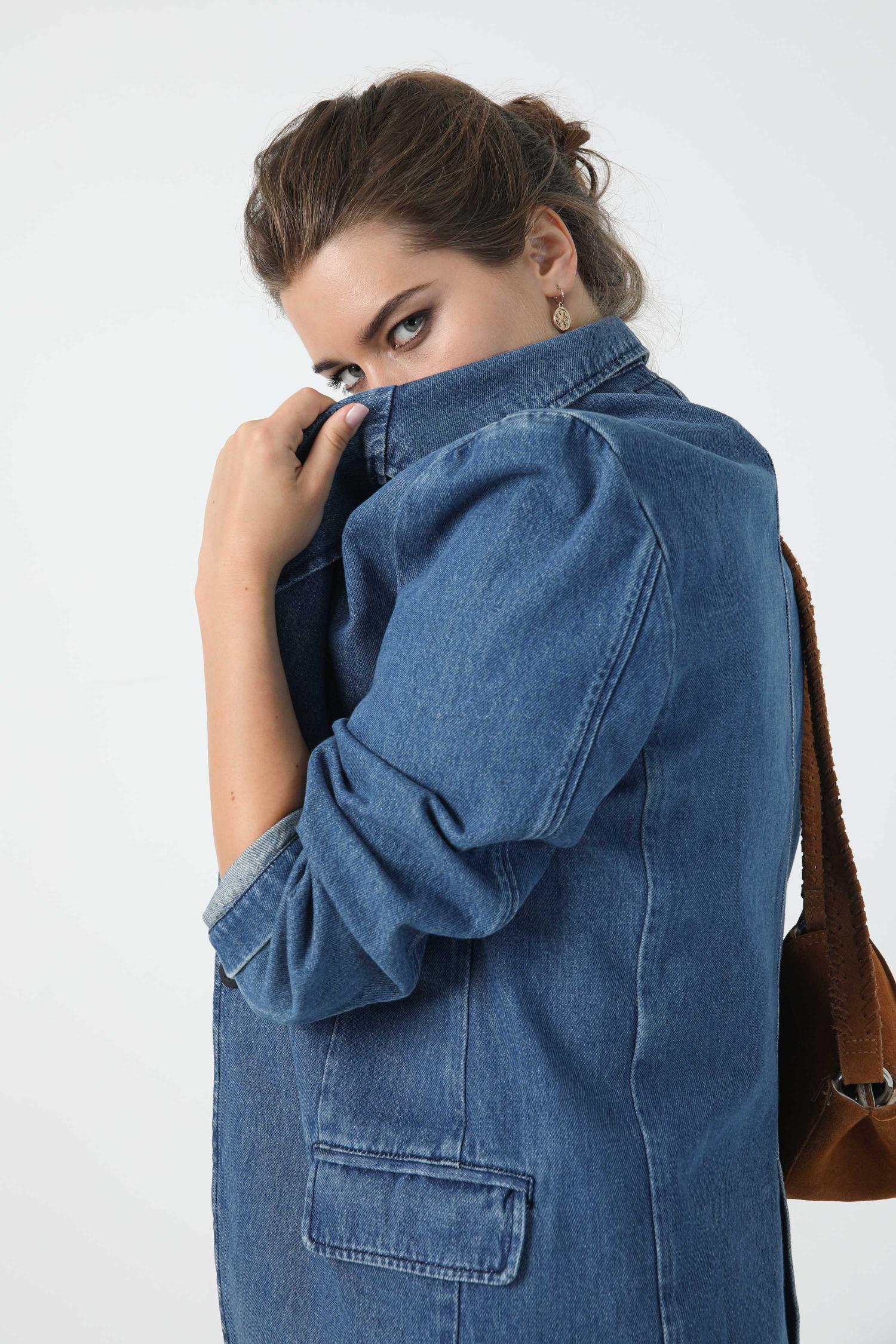 Suit jacket in jeans
