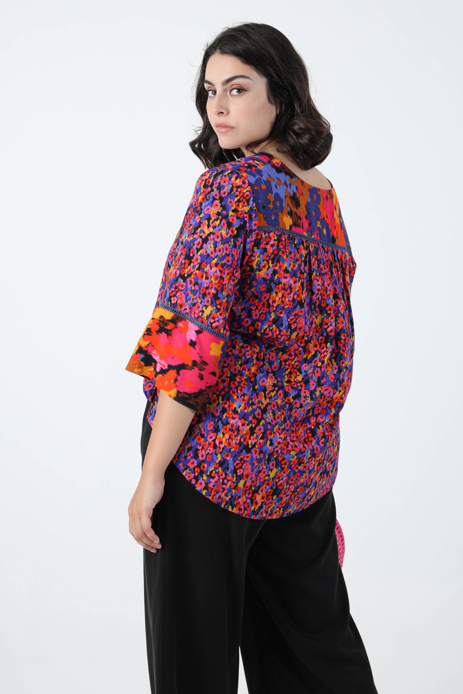 Bi-pattern printed blouse in eoko-tex fabric