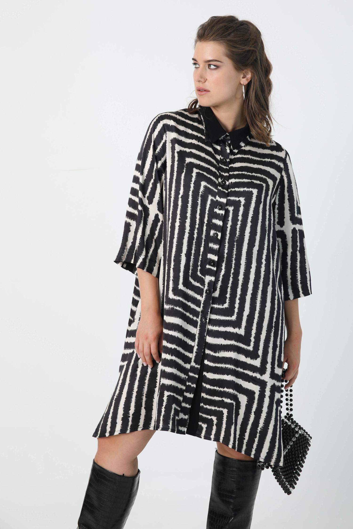 Satin shirt dress with graphic print oeko-tex fabric