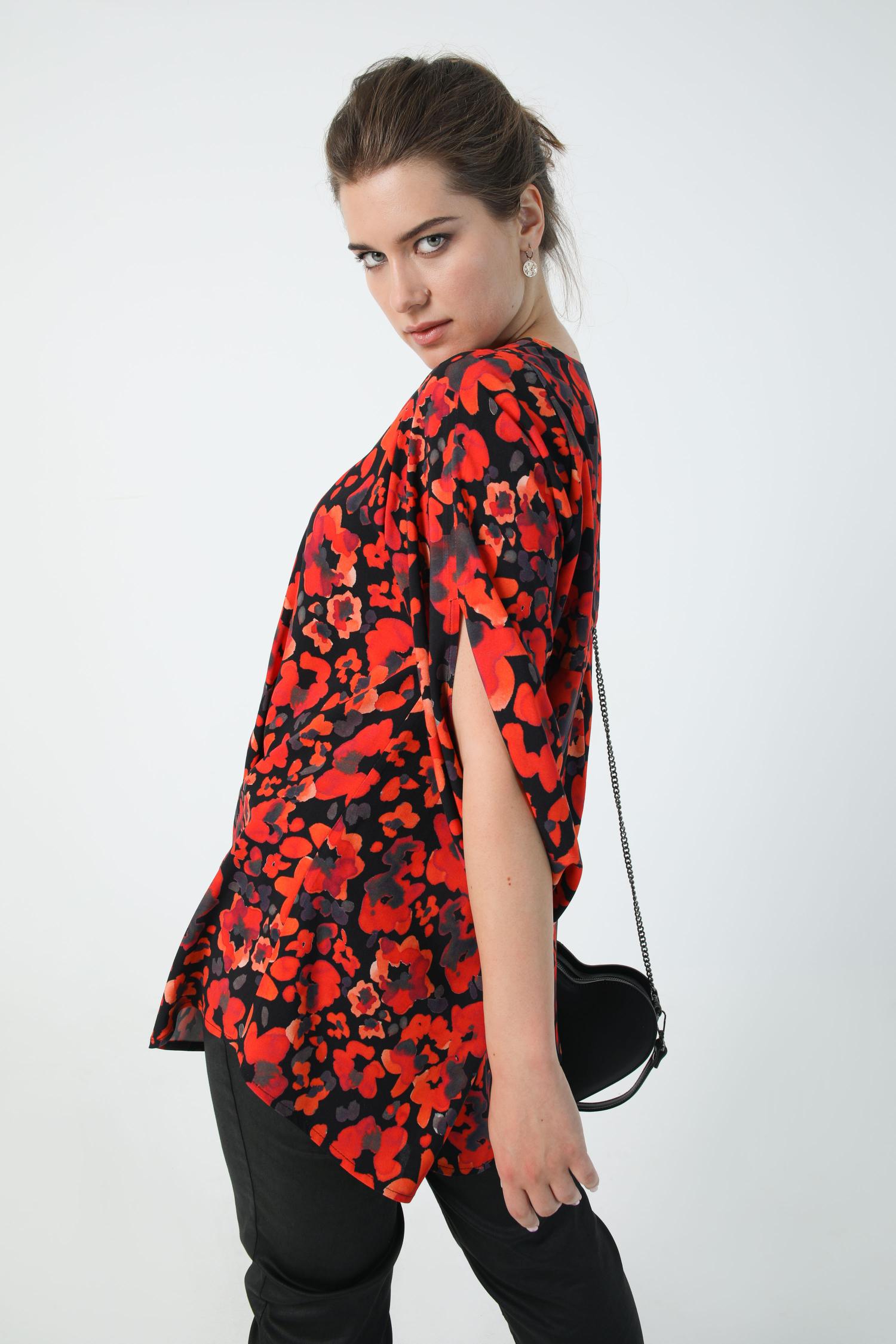 Printed tunic with zipped neckline Oeko-tex fabric