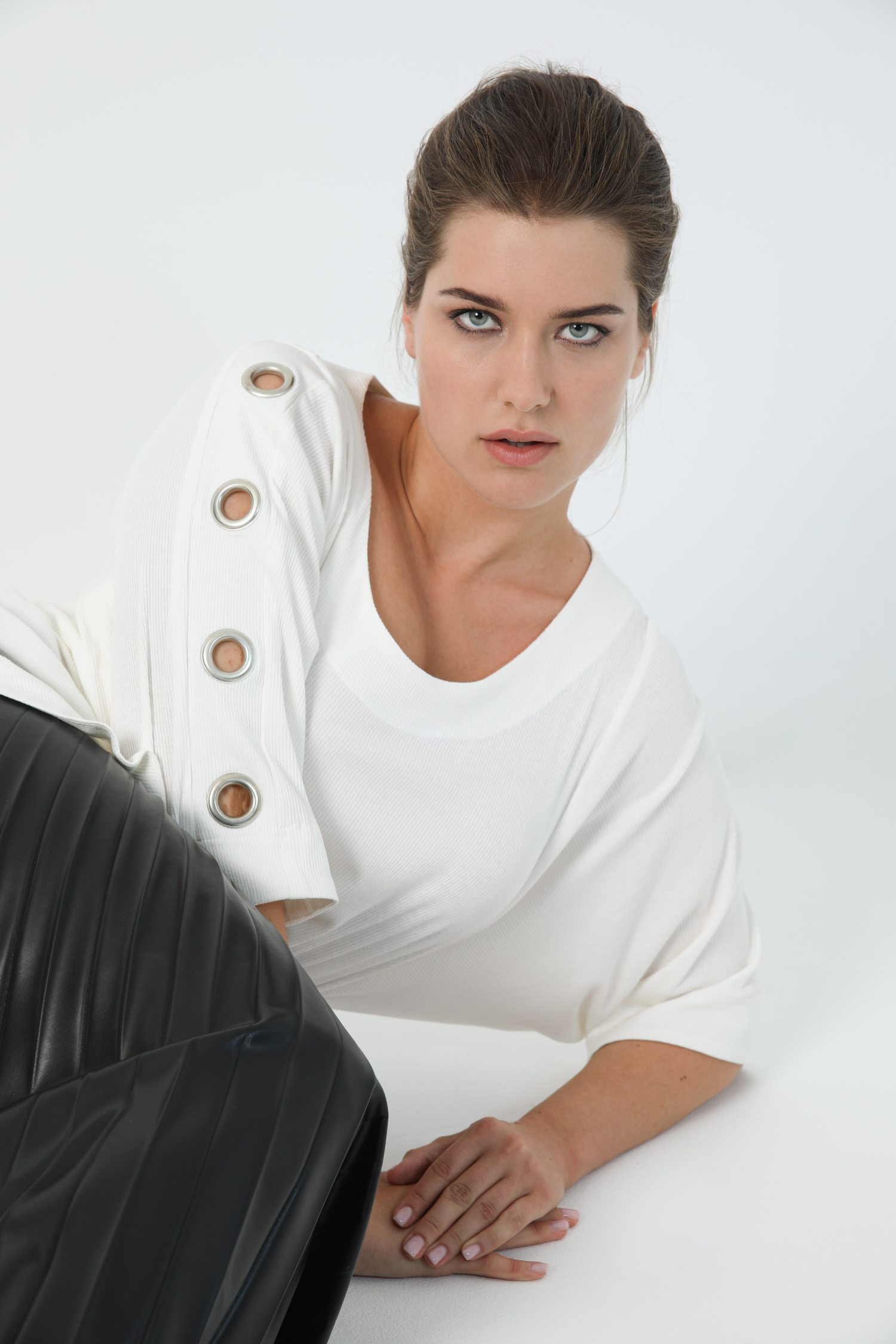 Ribbed knit t-shirt with eyelets