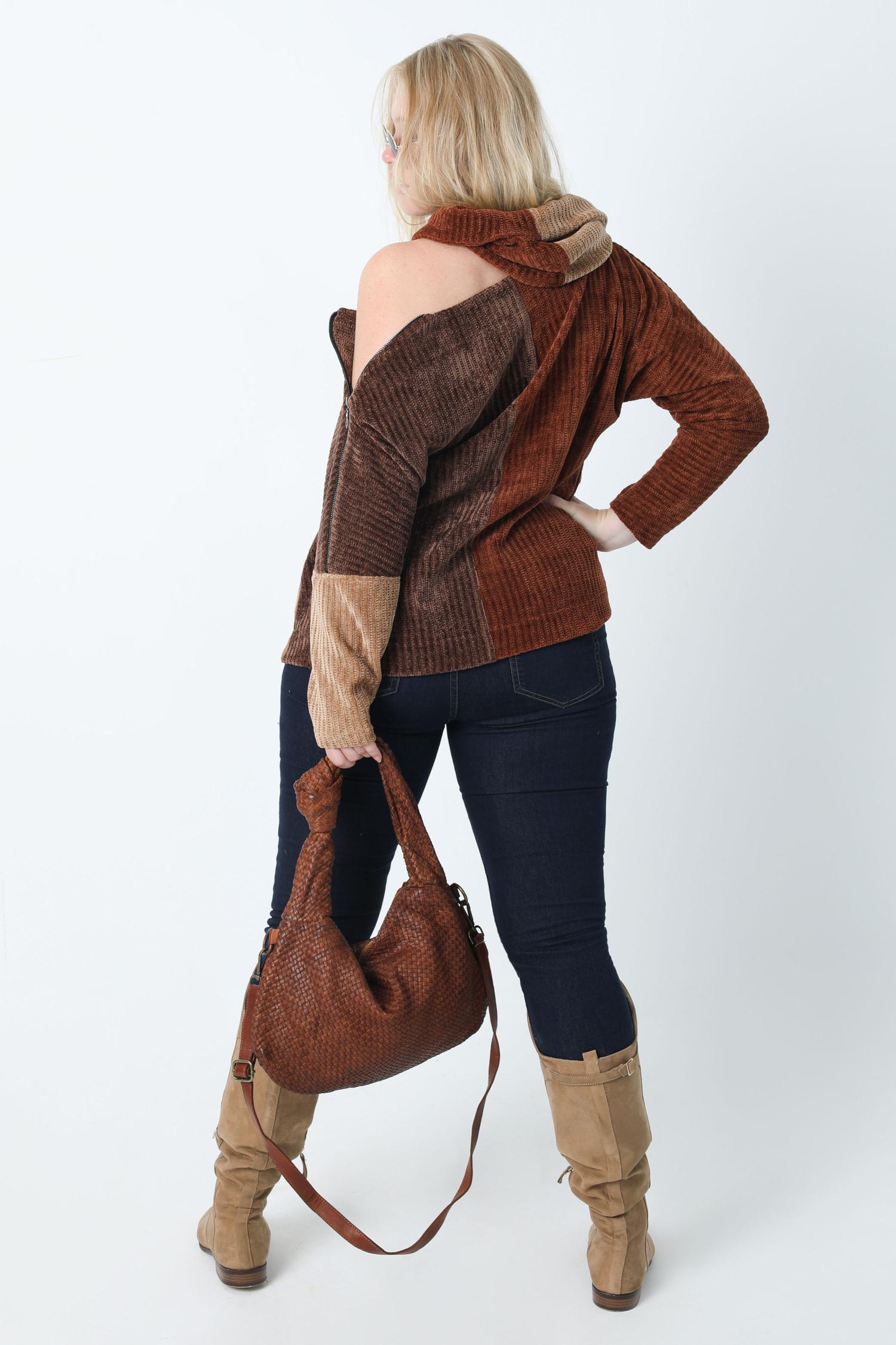 Tricolor chenille knit sweater