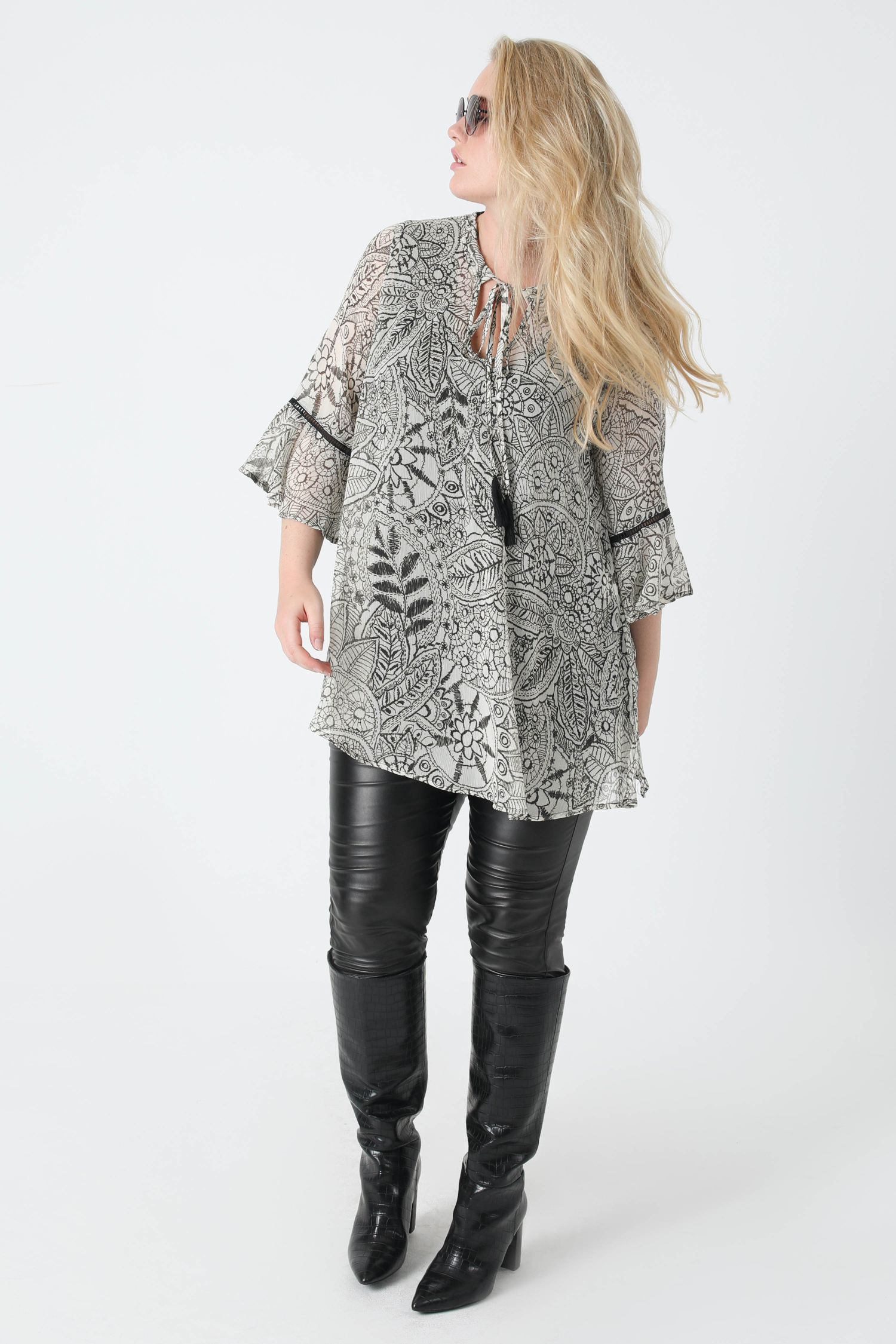 Printed veil tunic with tank top
