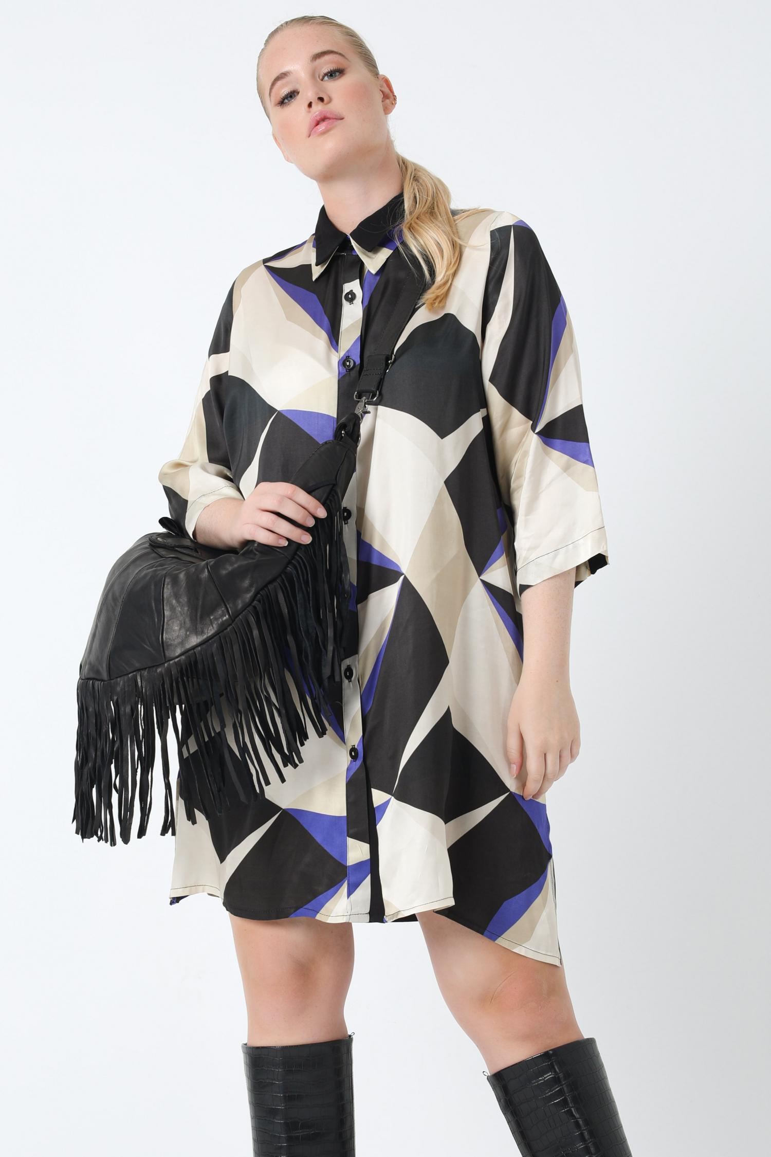 Oeko-tex printed satin shirt dress (shipping September 25/30)
