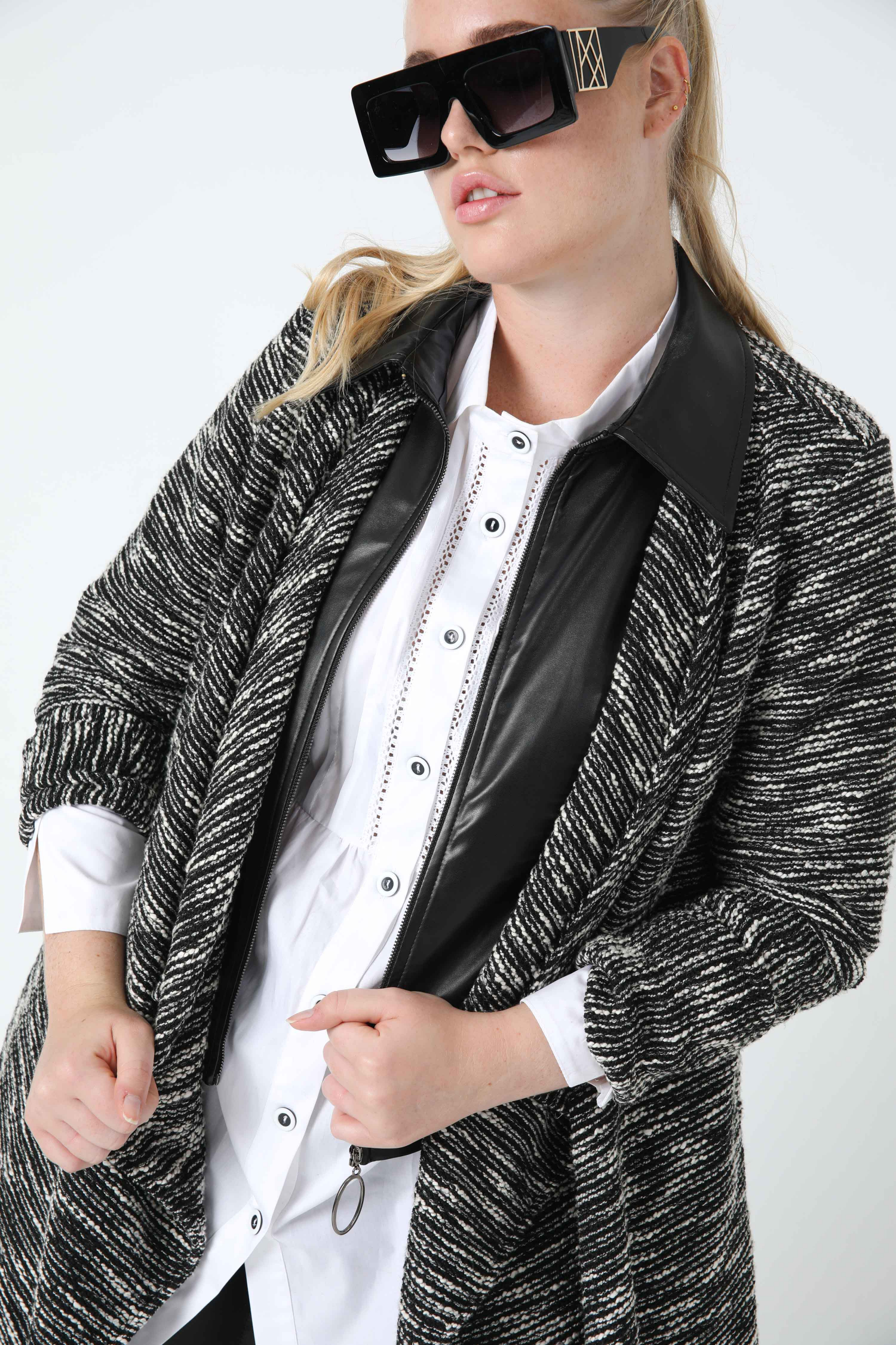long jacket in heather knit and vegan leather (shipping September 25/30)