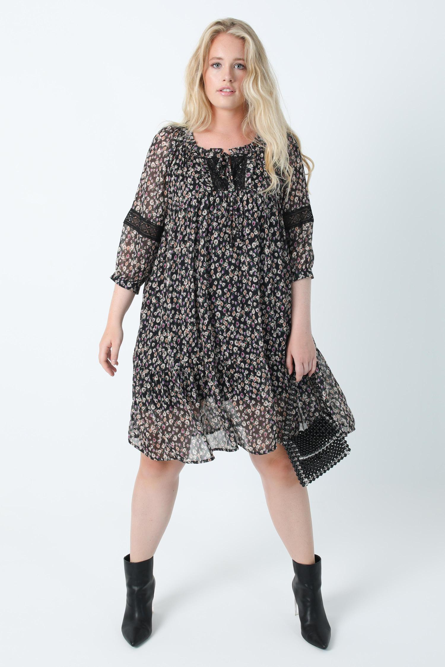 Long tunic in printed veil and macramé oeko-tex fabric (shipping September 10/15)