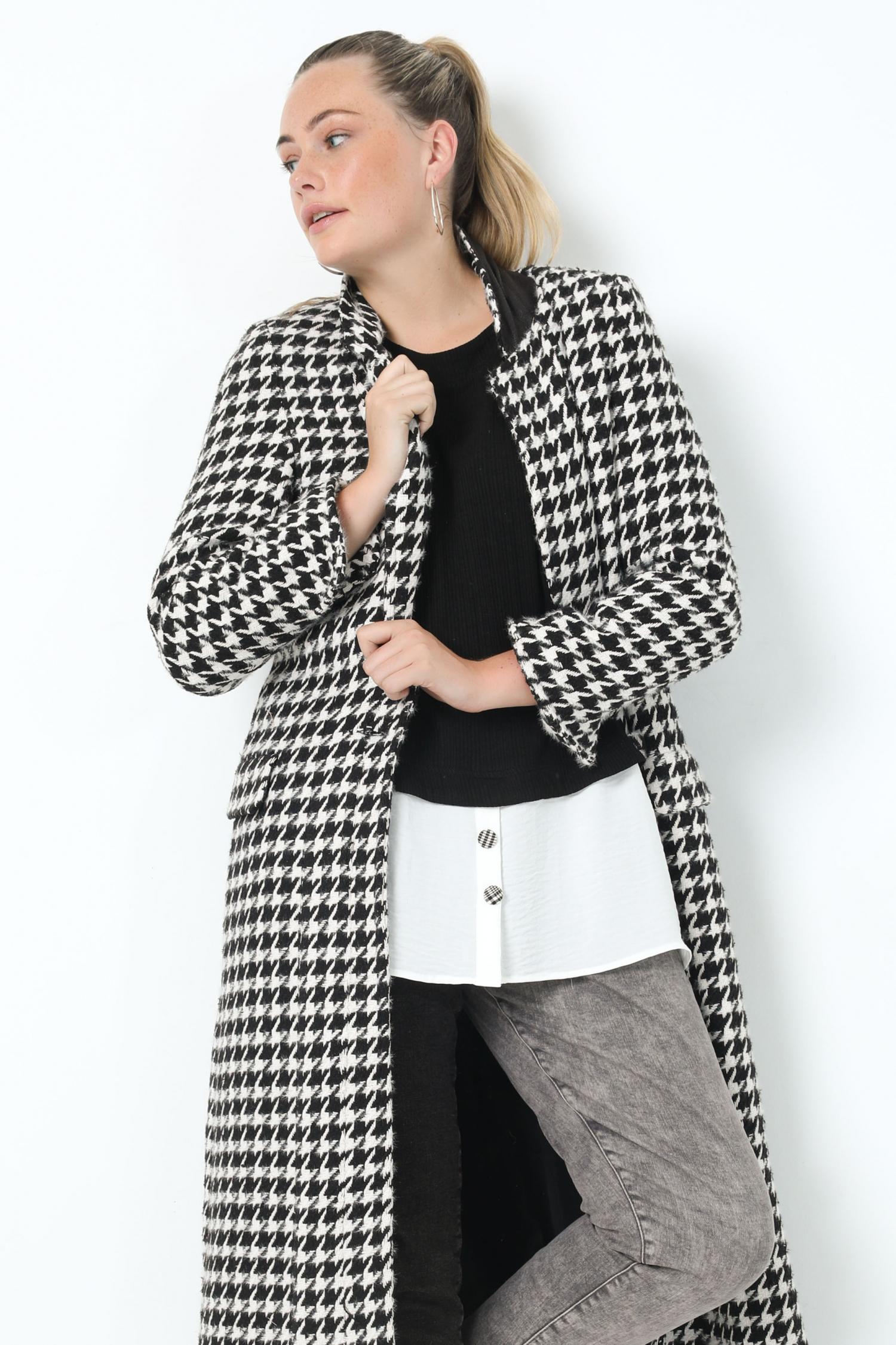 Long houndstooth coat (delivery September 15/20)